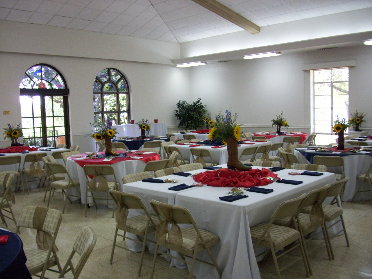 Informal gatherings and luncheons are a memorable occasion
